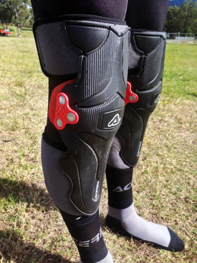 Acerbis-Knee
