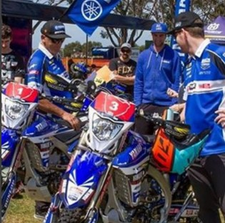 @cdr_yamaha - Track was fast and slippery today for prologue and our boys rode awesome. Chris was the fastest and Doogs 5th.  @yamahamotoraus @mad.dog.images
