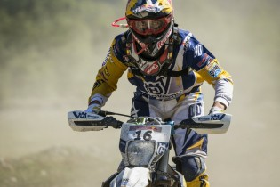alfredo-gomez-hard-enduro-action